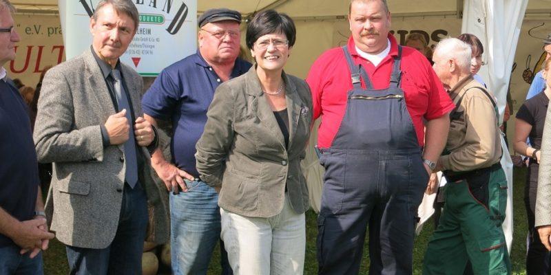 Kartoffelernte Mit Prominenten In Heichelheim